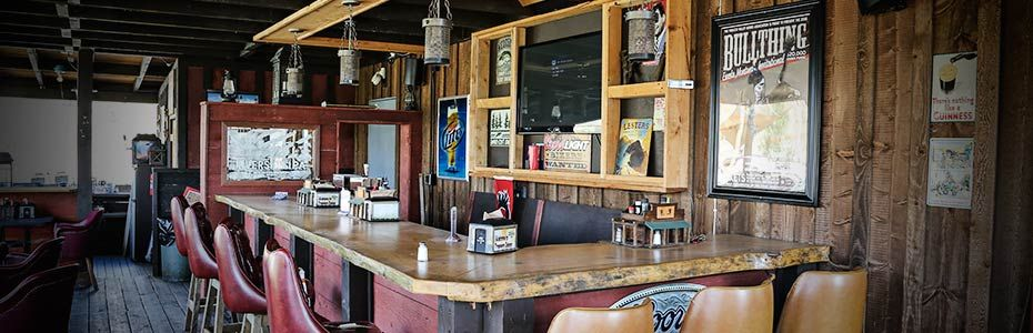 visitnwmontana---trappers-saloon-01